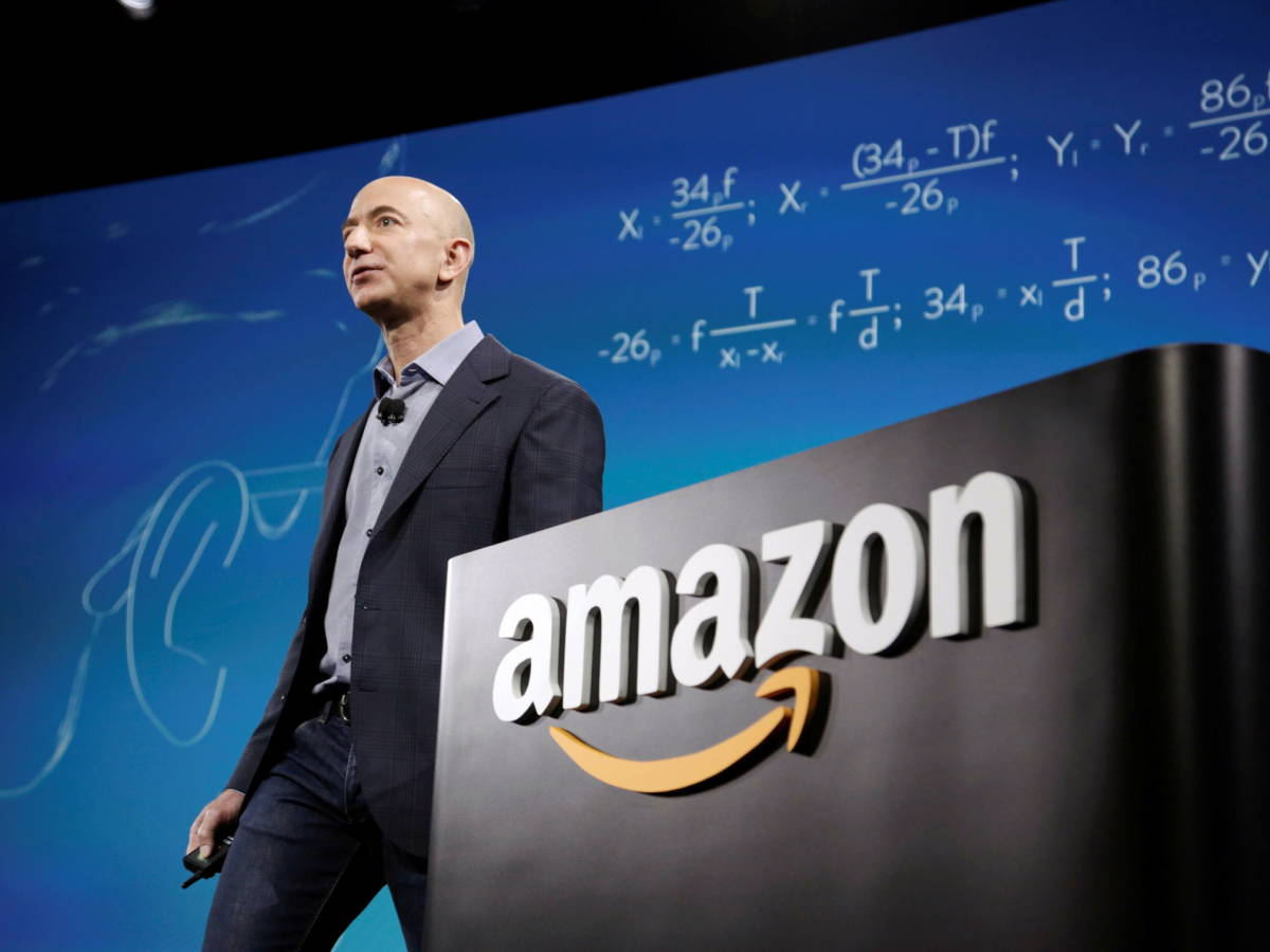 Jeff Bezos se despide como CEO de Amazon en medio de reflexiones